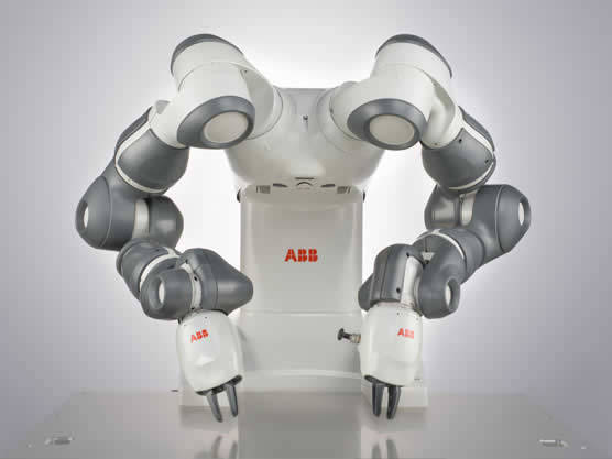 QComp ABB Yumi Robot photo 1