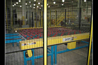 QComp Glass Handling Safety Guard fencing photo 2